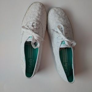 Keds White Lace Tennis shoes